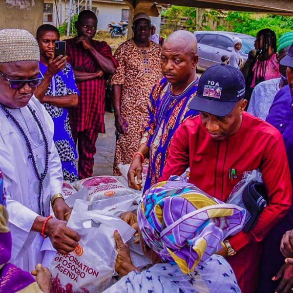 Transformation of Osogbo Agenda Donates Food to Indigenes
